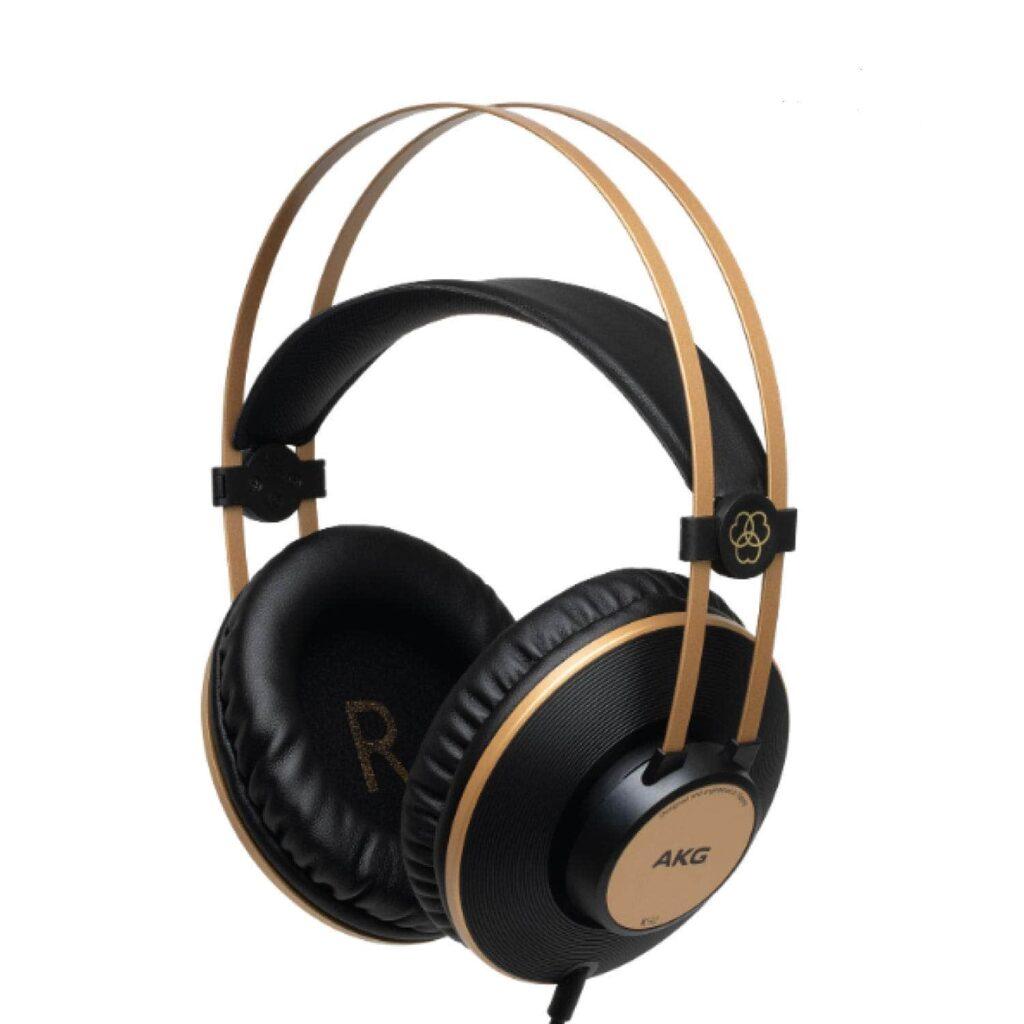 best over ear  headphones under 3000